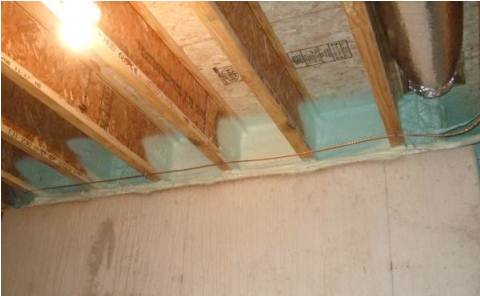 Spray Foam in the crawl space in Lady Lake